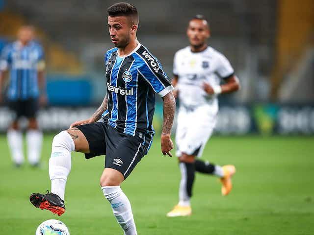 """Matheus Henrique publica agradecimento a Renato após saída do Grêmio: """"Carinho e admiração"""""""