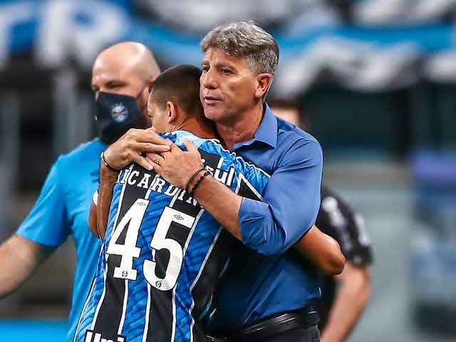 Renato testa negativo para Covid e irá se despedir dos jogadores antes voltar ao RJ
