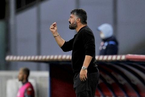 Immagine dell'articolo: https://image-service.onefootball.com/crop/face?h=810&image=https%3A%2F%2Fwww.inter-news.it%2Ffiles%2F2020%2F10%2FGennaro-Gattuso-Napoli.jpg&q=25&w=1080