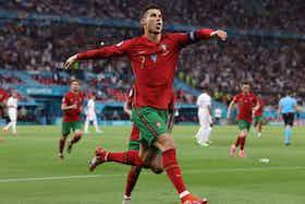 Immagine dell'articolo: https://image-service.onefootball.com/crop/face?h=810&image=https%3A%2F%2Fwww.juventusnews24.com%2Fwp-content%2Fuploads%2F2021%2F06%2FRonaldo-Portogallo-Francia.jpeg&q=25&w=1080