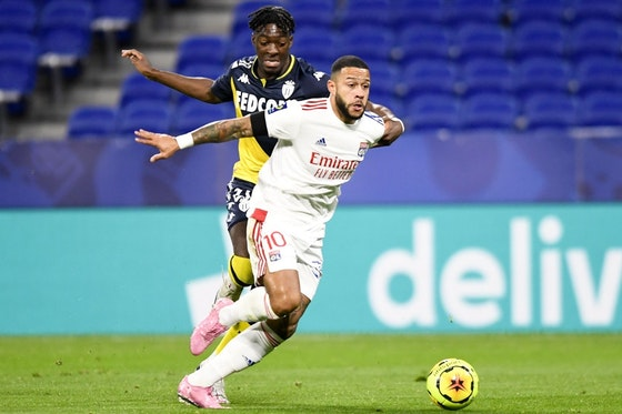 Article image: https://image-service.onefootball.com/crop/face?h=810&image=https%3A%2F%2Fwww.ligue1.com%2F-%2Fmedia%2FProject%2FLFP%2FLigue1-COM%2FImages%2FArticles-Assests%2F2021%2F04%2F15%2FDesktop_2021_UK_L1_Lyon_Monaco_Disasi_Depay_contest.jpg&q=25&w=1080
