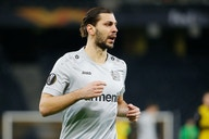 Leverkusen   Zieht es Dragovic zum 1. FC Köln?