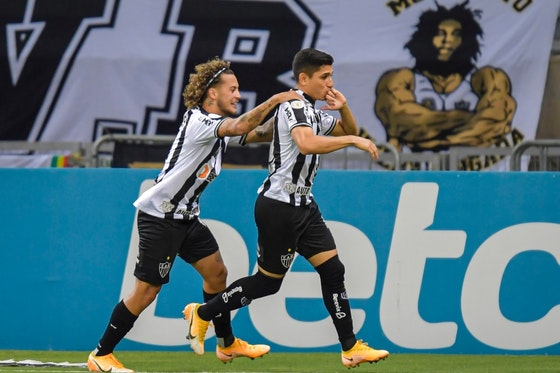 Imagen del artículo: https://image-service.onefootball.com/crop/face?h=810&image=https%3A%2F%2Fwww.prensafutbol.cl%2Fwp-content%2Fuploads%2F2021%2F01%2Fatletico-mineiro_brasileirao_2021_getty.jpg&q=25&w=1080