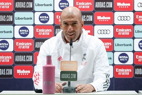 Article image: https://image-service.onefootball.com/crop/face?h=810&image=https%3A%2F%2Fwww.realmadrid.com%2Fimg%2Fhorizontal_940px%2F_he14401_h_20201023012054.jpg&q=25&w=1080